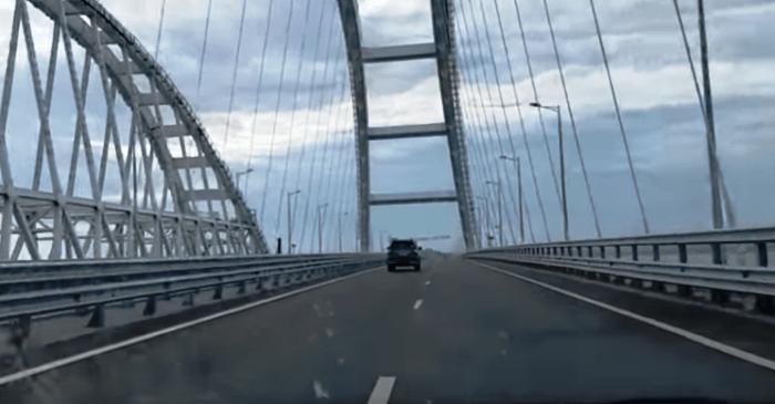 поездка по крымскому мосту
