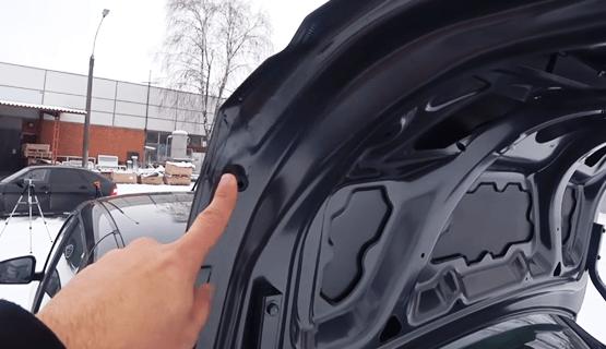 буферы на крышке багажника гранта