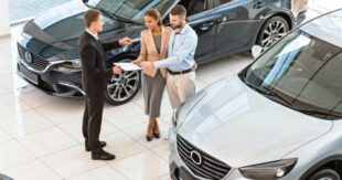 купить автомобиль в автосалоне